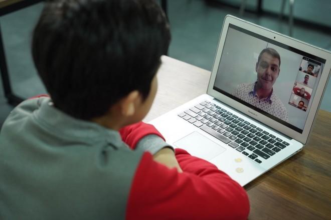 Hà Nội: Các trường phải quản lý chặt chẽ việc học qua internet trong thời gian nghỉ vì Covid-19 ảnh 1