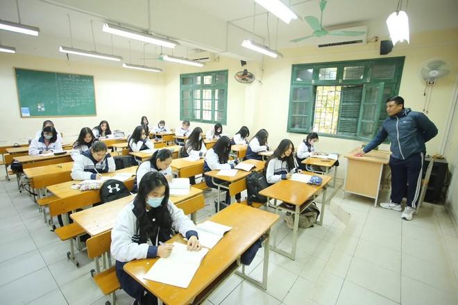 Hà Nội xác định chỉ tiêu tuyển sinh lớp 10 THPT năm 2021 trước 25-1 ảnh 1