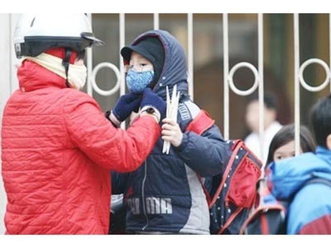 Thời tiết lạnh kéo dài, Hà Nội cho phép các trường chủ động nghỉ tránh rét ảnh 1