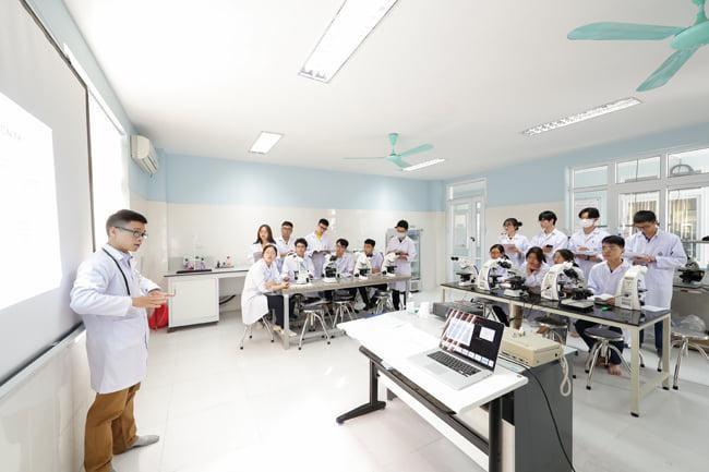 Thành viên duy nhất ĐHQG Hà Nội không tuyển sinh bằng kết quả thi đánh giá năng lực ảnh 1
