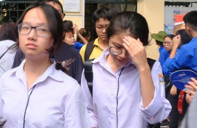 Hà Nội: Học sinh lớp 12 toàn thành phố khảo sát 4 bài kiểm tra như thi tốt nghiệp THPT ảnh 1