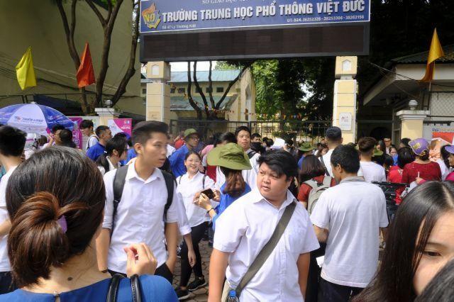 Học sinh Hà Nội hoàn thành chương trình lớp 9 trước 10-5 ảnh 1