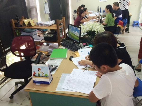 Hà Nội: Học sinh lớp 5 chưa hoàn thiện học bạ cuối cấp sẽ xét tuyển lớp 6 thế nào? ảnh 1