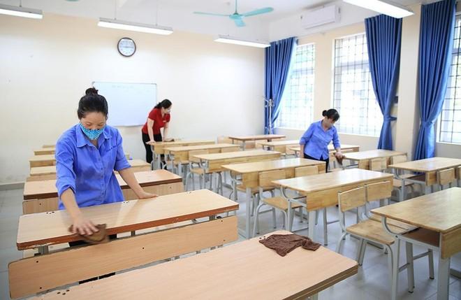 Các trường Hà Nội siết chặt phòng dịch, lên lịch hỗ trợ học sinh lớp 9 trước kỳ thi 10 ảnh 1