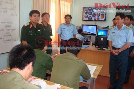 Phó Tổng Tham mưu trưởng thăm Trường Sĩ quan Không quân ảnh 2