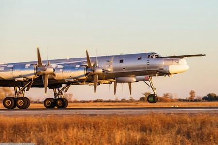 Ảnh đẹp về các máy bay ném bom chiến lược của Nga (kỳ 2) ảnh 2