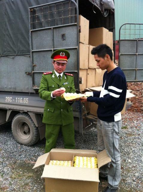 Phát hiện, thu giữ khoảng 48.000 quả trứng gà Trung Quốc ảnh 1