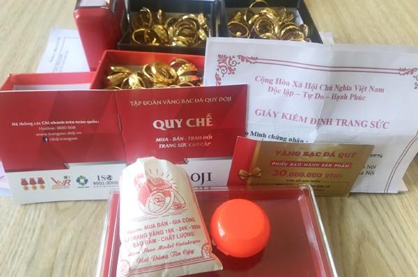 Mạo danh thương hiệu vàng bạc đá quý, tặng vàng giả cho khách hàng ảnh 3