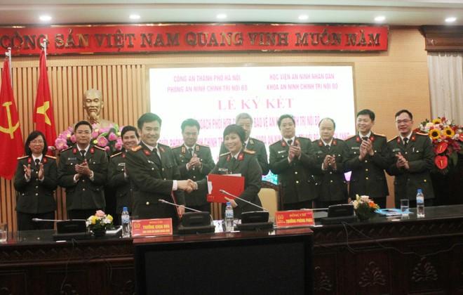Nhiều đóng góp quan trọng trong công tác nhân sự phục vụ Đại hội Đảng các cấp ảnh 4