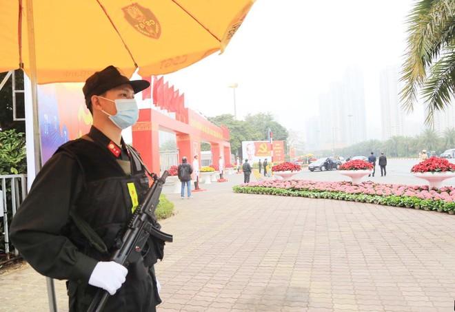 Cảnh sát cơ động Hà Nội huy động tối đa lực lượng bảo vệ Đại hội Đảng ảnh 3
