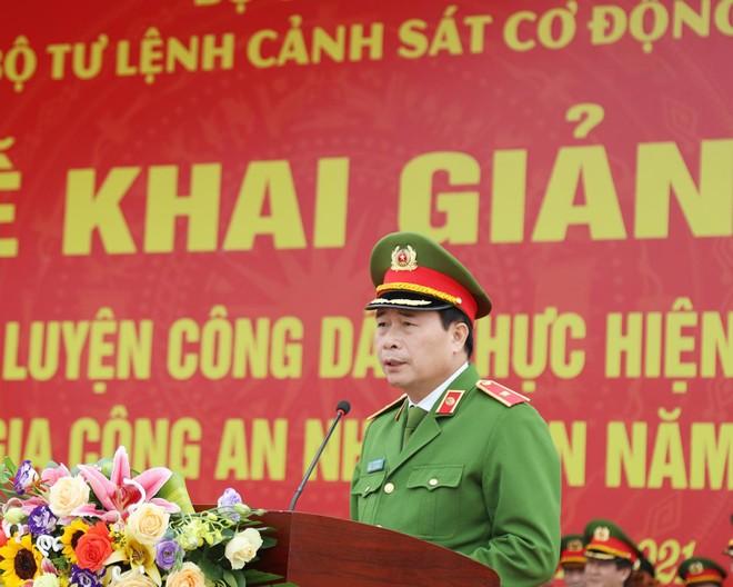 Huấn luyện 12.000 tân binh tại 23 đơn vị trực thuộc Bộ Tư lệnh Cảnh sát cơ động ảnh 2