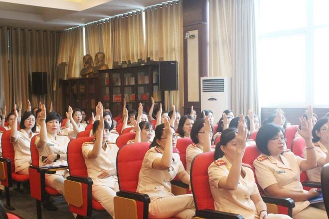 Lựa chọn những cá nhân có kinh nghiệm thực tiễn, nhiệt huyết tham gia Ban chấp hành Hội Phụ nữ ảnh 3