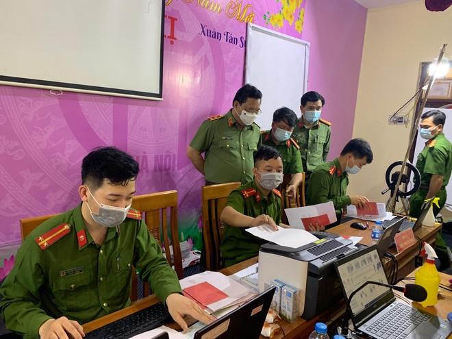 Công an Hà Nội cán mốc 1 triệu hồ sơ cấp căn cước công dân mới ảnh 1