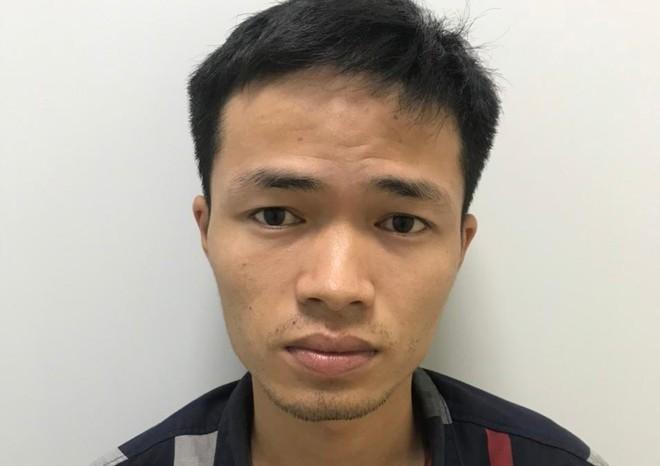 Bắt kẻ kề dao vào cổ nữ sinh cướp tiền sau 12 giờ gây án ảnh 1