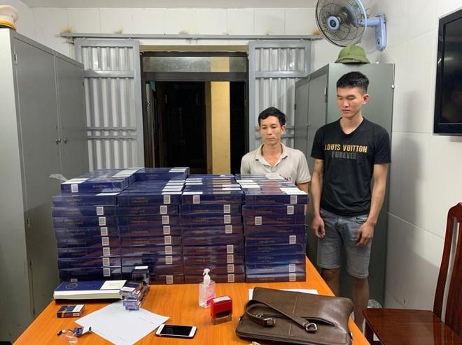 Vận chuyển thuê 3.000 bao thuốc lá lậu từ Ninh Bình về Hà Nội tiêu thụ