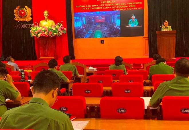 Tập huấn kỹ năng truy vết cho lực lượng Công an nhân dân để phòng dịch COVID-19 ảnh 3