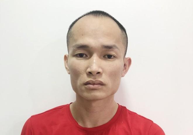 Chân dung kẻ tổ chức cho người ở lại trái phép tại Việt Nam ảnh 1