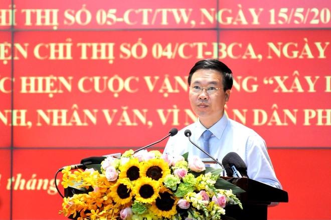 Đẩy mạnh học tập và làm theo tư tưởng, đạo đức, phong cách Hồ Chí Minh ảnh 1