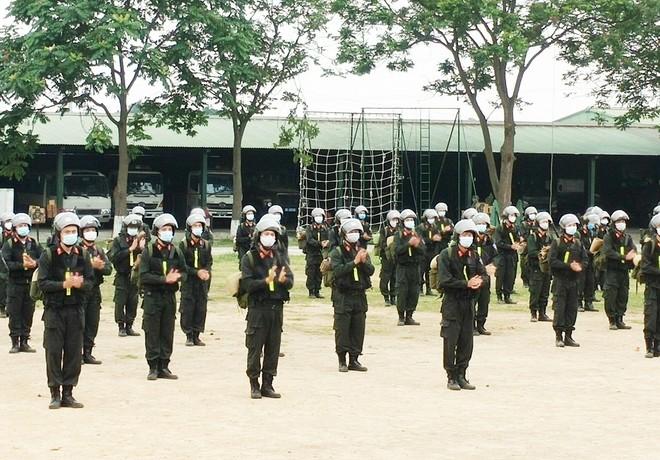 Gần 300 Cảnh sát cơ động lên đường hỗ trợ tỉnh Bắc Giang phòng, chống Covid-19 ảnh 3