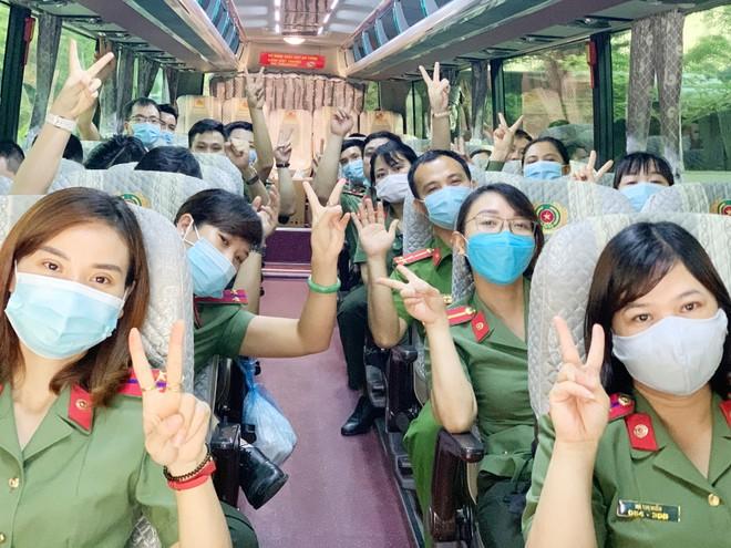 Thêm 166 y, bác sĩ Công an nhân dân chi viện Bắc Giang, điều hành Bệnh viện dã chiến số 2 ảnh 4