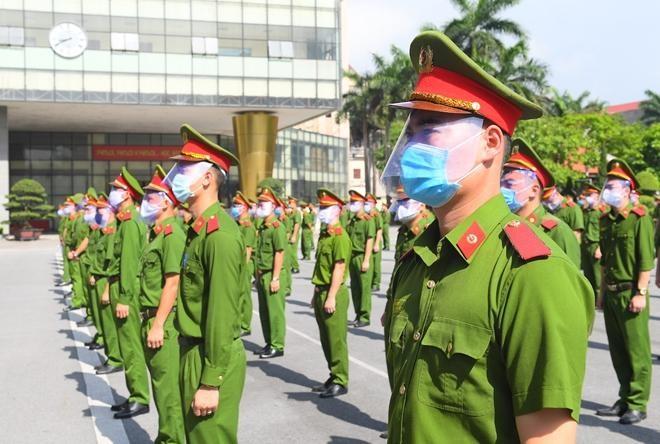 Cảnh sát cơ động và sinh viên Học viện Cảnh sát tiếp tục chi viện Bắc Ninh ảnh 5