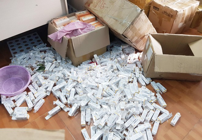 Gần 1 tấn mỹ phẩm giả đã được sản xuất và tung ra thị trường như thế nào? ảnh 8