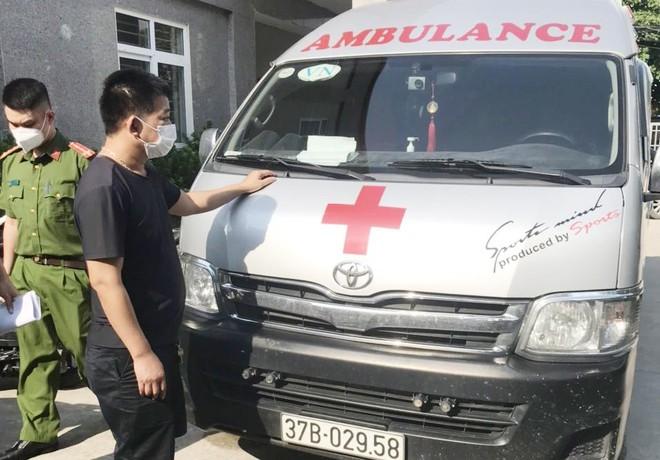 """Phạt 35 triệu đồng lái xe cứu thương chở người """"thông chốt"""" từ Vinh về Hà Nội ảnh 2"""