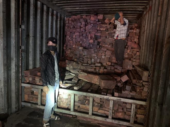 Lộ gần 11.000 kg đá phấn quý hiếm nhập lậu về Việt Nam ảnh 1