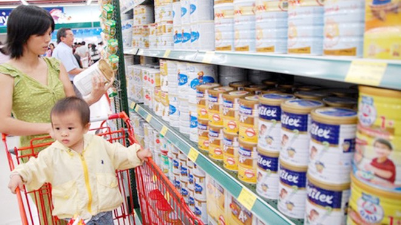 Giá sữa rẻ đến tay người dùng từ ngày 21-6 ảnh 1
