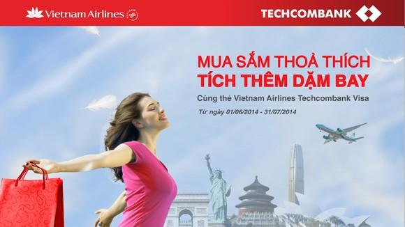 """Techcombank vào top 10 """"Hàng Việt tốt - Dịch vụ hoàn hảo"""" ảnh 1"""