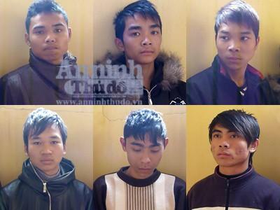 Bắt nhóm trai làng gây ra....27 vụ cướp ảnh 1