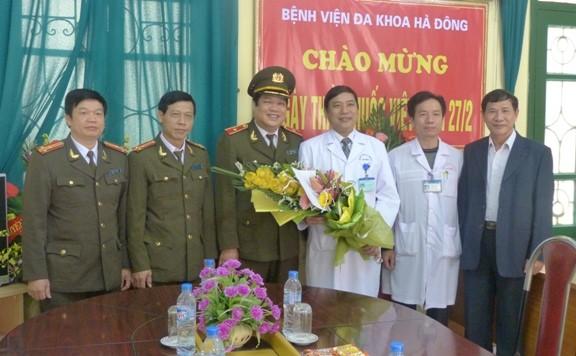 CATP Hà Nội chúc mừng các đơn vị y tế nhân ngày Thầy thuốc Việt Nam ảnh 1