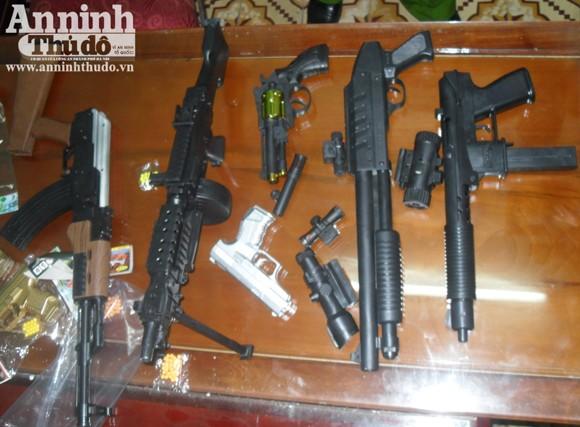 Thu giữ hơn 1.500 khẩu súng đồ chơi giống y thật ảnh 3
