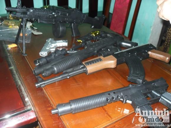 Thu giữ hơn 1.500 khẩu súng đồ chơi giống y thật