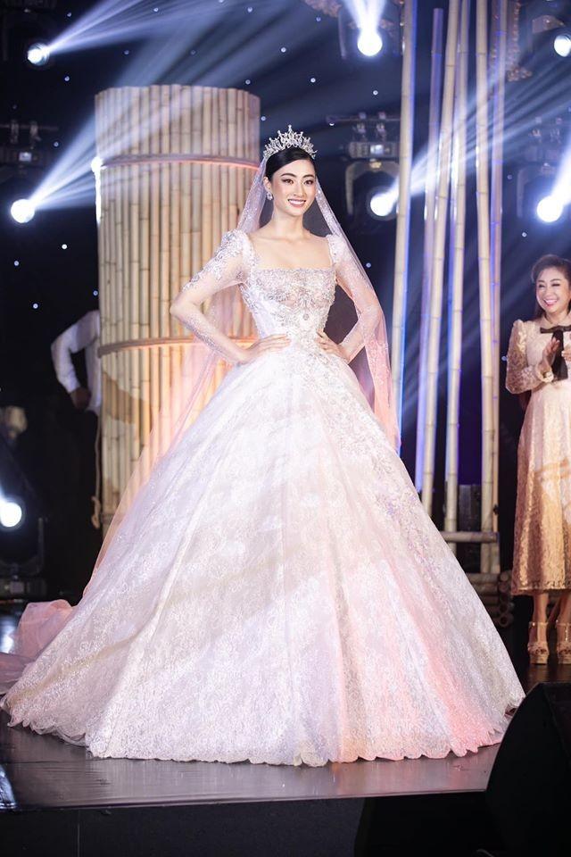 """Tổ chức """"Miss World"""" dành lời khen tới Hoa hậu Lương Thùy Linh ảnh 2"""