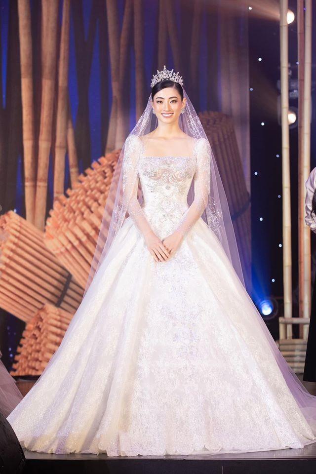 """Tổ chức """"Miss World"""" dành lời khen tới Hoa hậu Lương Thùy Linh ảnh 1"""