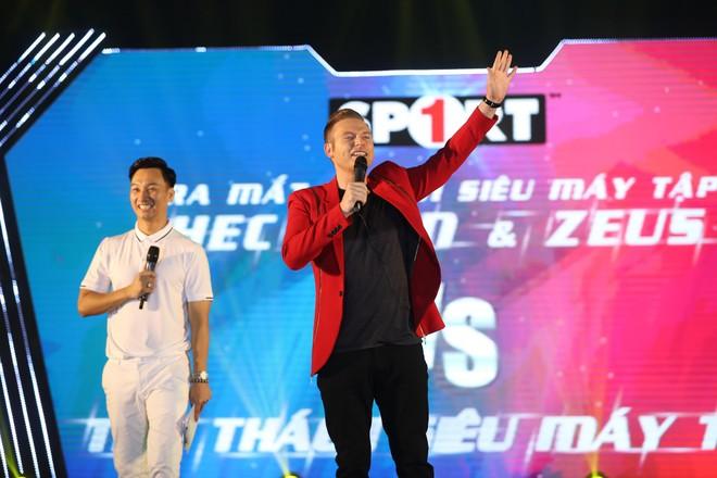 Ca sĩ người Mỹ - Kyo York tiết lộ từng nặng tới 120kg ảnh 2
