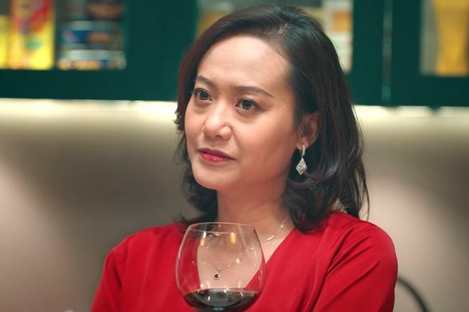 Hồng Ánh tái xuất với vai diễn bí ẩn trong phim kinh dị ảnh 1