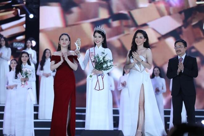 """Đỗ Thị Hà đăng quang """"Hoa hậu Việt Nam 2020"""" ảnh 4"""
