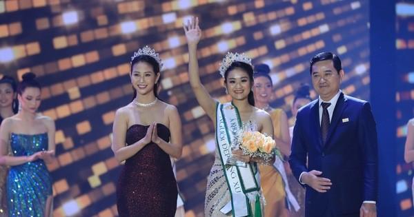 """Top 5 """"Hoa khôi Du lịch Việt Nam 2020"""" trả lời thế nào tại phần thi ứng xử ảnh 7"""