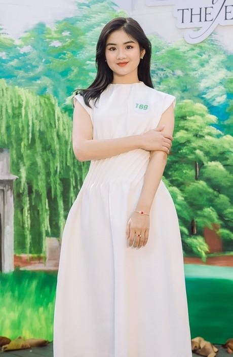 """Top 5 """"Hoa khôi Du lịch Việt Nam 2020"""" trả lời thế nào tại phần thi ứng xử ảnh 5"""
