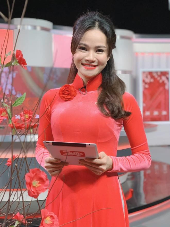 Vũ Thu Trang thiết kế 100 chiếc áo dài cho Á hậu Thụy Vân ảnh 2
