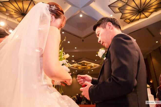 NSND Công Lý hồi hộp khi kết hôn với bạn gái kém 15 tuổi ảnh 12