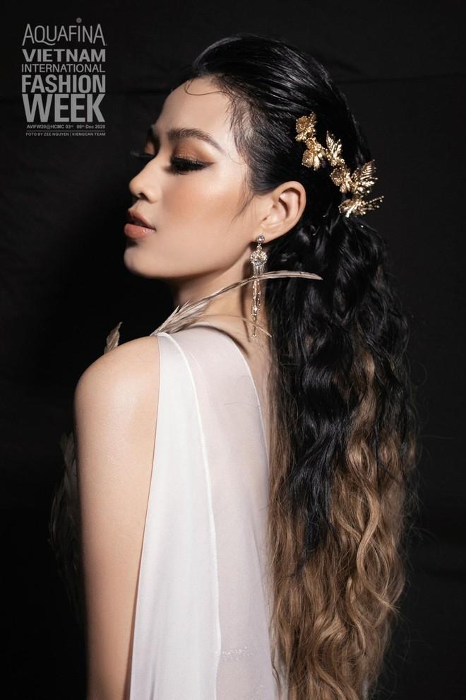 """Gây tranh cãi về nhan sắc, Đỗ Hà vẫn được dự đoán lọt Top 10 """"Miss World 2021"""" ảnh 3"""