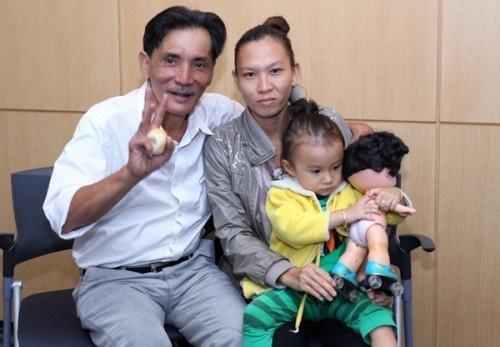 Vợ đã có mặt tại bệnh viện nơi nghệ sĩ Thương Tín bị đột quỵ ảnh 2