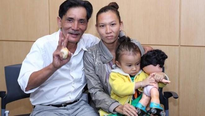 Á hậu Trịnh Kim Chi quyên góp được hơn 400 triệu đồng ủng hộ nghệ sĩ Thương Tín ảnh 2