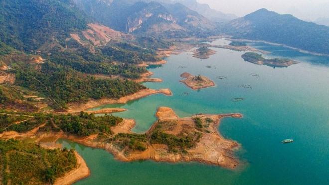 Đề xuất phát triển lòng hồ thủy điện Sơn La thành khu du lịch giải trí hàng đầu châu Á ảnh 2