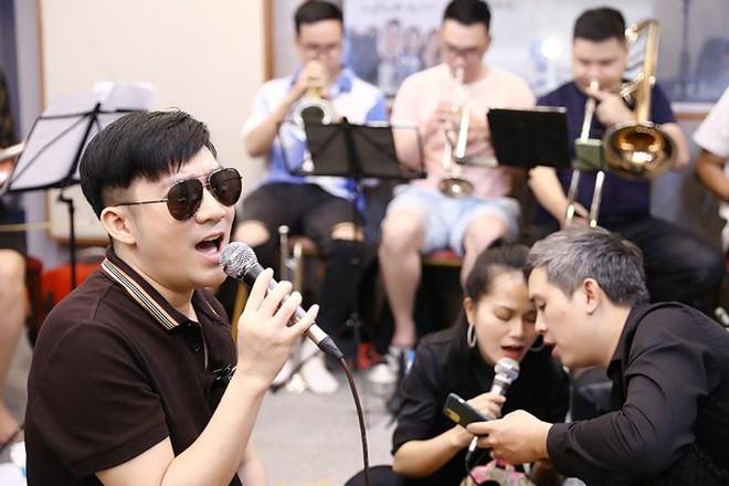 Quang Hà ngưỡng mộ cách hành xử của Bằng Kiều sau khi ly hôn ảnh 3