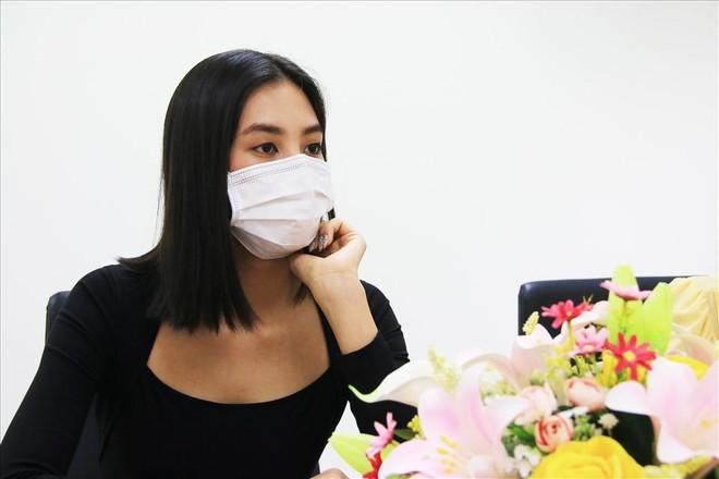 """Các Hoa hậu, Á hậu đóng góp vào dự án """"Triệu liều vaccine cho công nhân nghèo"""" ảnh 1"""