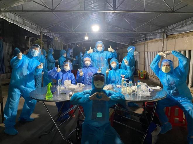 Hoa hậu Mai Phương Thúy đăng ký làm tình nguyện viên hỗ trợ chống dịch Covid-19 ảnh 2